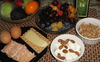 Диета для детей при повышенном ацетоне: меню и рецепты блюд, а также список продуктов, которые нельзя кушать