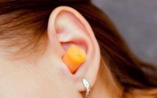 Что делать, если у ребенка заболело ухо на море или после бассейна, как лечить отит?