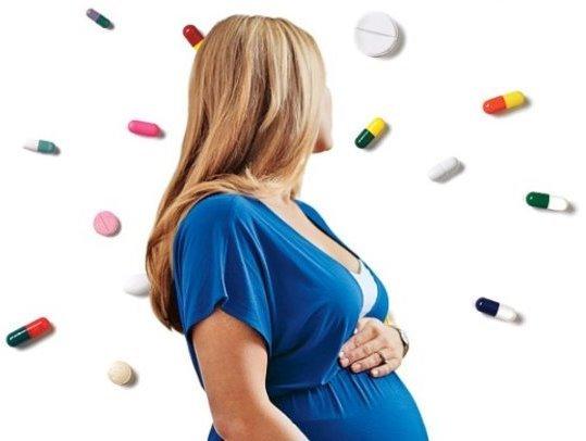 Какие антибиотики можно пить во время беременности на ранних и поздних сроках, как их правильно принимать?