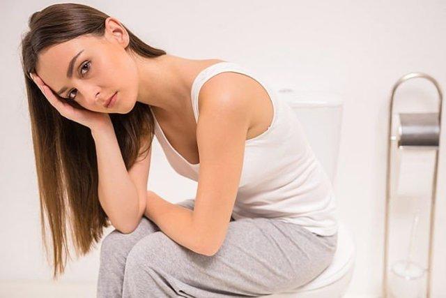 Запор у мамы после родов при грудном вскармливании: диета и обзор слабительных при лактации (дюфалак, фитомуцил)