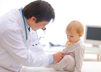 У ребенка в моче повышен белок: нормы, причины, симптомы и лечение протеинурии