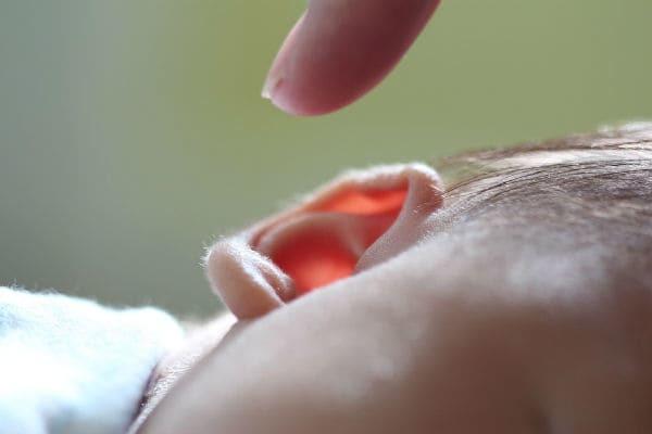 Что такое тубоотит: симптомы и лечение двустороннего и одностороннего заболевания уха у детей