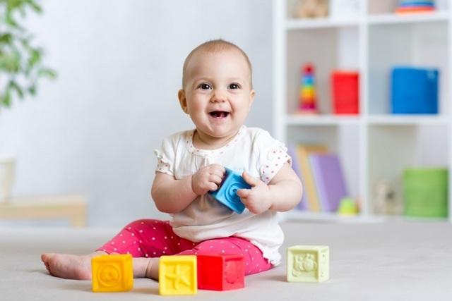 Сколько должен спать и есть ребенок в 11 месяцев: организуем правильный режим дня и питания