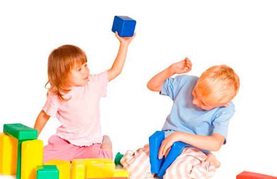 Как отучить ребенка 2-3 лет драться с родителями и детьми в детском саду: советы и консультация психолога