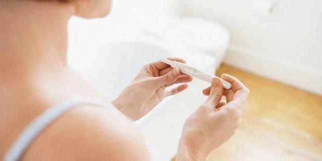 Можно ли забеременеть сразу после окончания месячных, на какой день возможно зачатие?