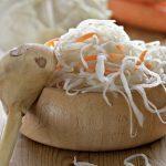 Рецепты салатов для кормящих мам: 10 гипоаллергенных вариантов при грудном вскармливании