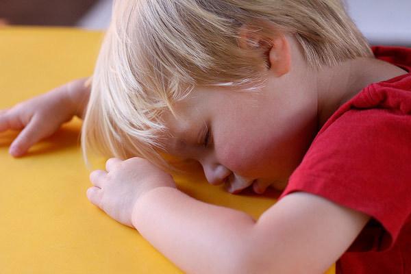 Симптомы лимфомы у детей, причины возникновения заболевания и особенности лечения