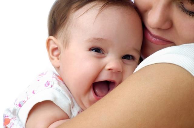 Щетинка, кочерга и лануго: все о пушковых волосах на спине и лице новорожденного