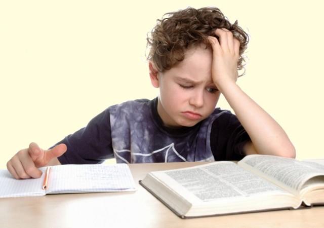 Что делать родителям, если ребенок-подросток не хочет учиться: заставить или помочь - ценные советы психолога