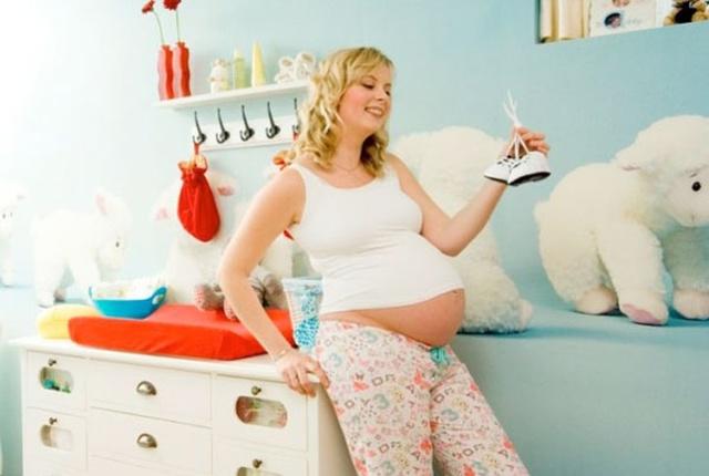 Как при беременности понять, что живот опустился перед родами: на какой неделе происходит опущение, когда рожать?
