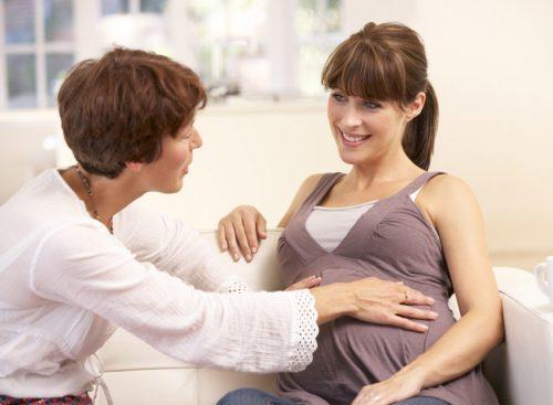 Доула: кто это такая, как она помогает при рождении ребенка, как ею стать в россии?