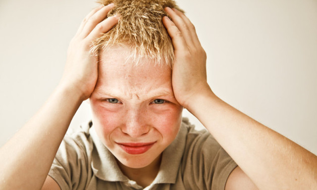Что такое вирусный клещевой энцефалит, какие симптомы сопровождают болезнь у детей и как проводится лечение?