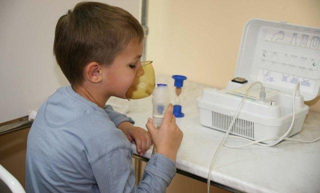 Лазеротерапия при лечении аденоидов у детей: преимущества и эффективность