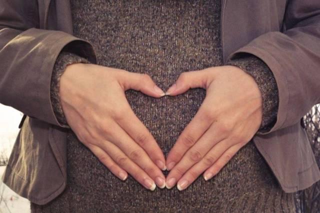 Как сообщить мужу о беременности красиво и оригинально, сделать сюрприз и необычно преподнести новость?