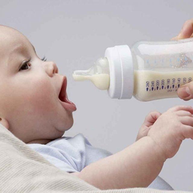 Козье молоко в рационе грудничка и кормящей мамы при грудном вскармливании