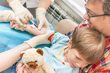 Норма сегментоядерных и палочкоядерных нейтрофилов у детей: таблица с расшифровкой данных анализа крови