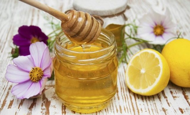 Можно ли кормящей маме кушать мед: особенности ввода в рацион при грудном вскармливании