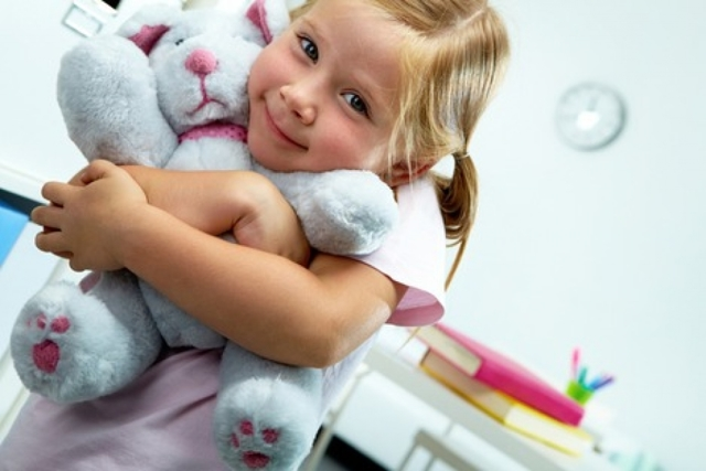 Как приучить ребенка 2-3 лет к садику без слез и истерик: советы детского психолога