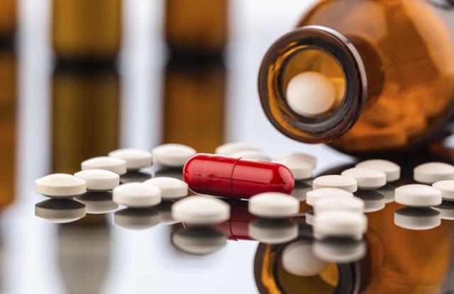 Может ли быть задержка месячных после приема антибиотика: нужно ли что-то предпринимать?