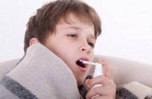 Лучшие спреи от боли в горле для детей до 1 года и старше: недорогие эффективные средства
