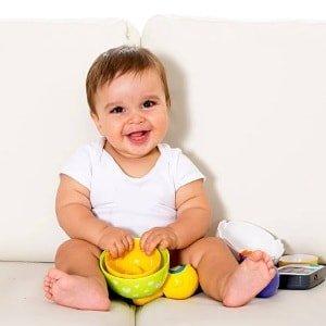 Что умеет каждый ребенок в 9 месяцев: навыки и особенности развития мальчиков и девочек
