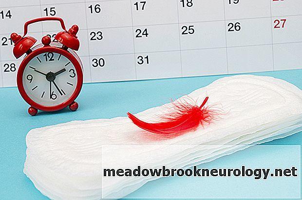Сколько дней после чистки матки идет кровь, какие выделения являются нормой и что считать патологией?