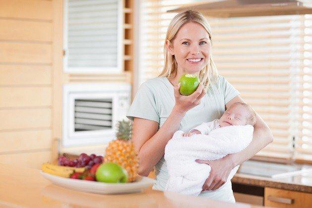 Какие продукты способствуют увеличению лактации: стимулируем выработку грудного молока у кормящей матери