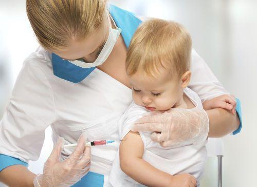 Фебрильные судороги: симптомы, причины и оказание первой помощи ребенку