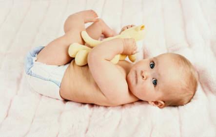 Массаж и гимнастика для ребенка с 6 до 9 месяцев: зарядка и видео-уроки с упражнениями для укрепления мышц спины
