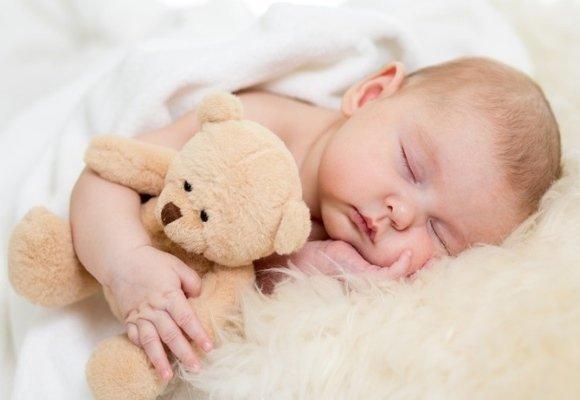 Сколько должен спать ребенок в 6-7 месяцев: причины плохого, беспокойного сна в дневное и ночное время