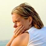Выделения с неприятным запахом из влагалища после родов: почему они появляются и что нужно делать?