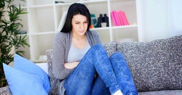 Почему месячные обильные и идут долго: какие причины длительной менструации и что делать, если она идет дольше 10 дней?