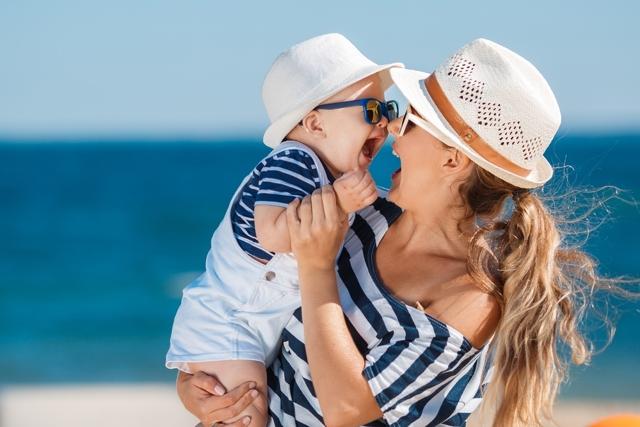 Что брать с собой на море с детьми: подробный список вещей для родителей и ребенка 2-3 лет в поездку