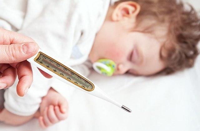 Пентаксим, акдс или инфанрикс - какой вакциной лучше делать прививку и чем отличается импортная от отечественной?