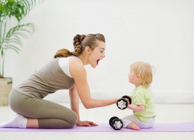 Когда после естественных родов можно качать пресс, через сколько времени начать при грудном вскармливании, наличии швов?