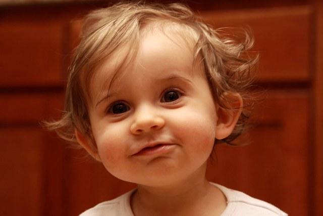 Развитие и рацион питания ребенка в 1 год и 2 месяца: составляем распорядок дня, меню и список развивающих занятий
