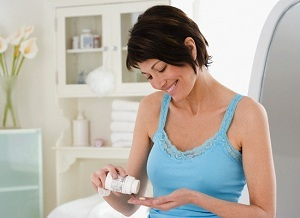 Утрожестан в капсулах, таблетках и свечах при беременности: для чего назначают и как принимать?