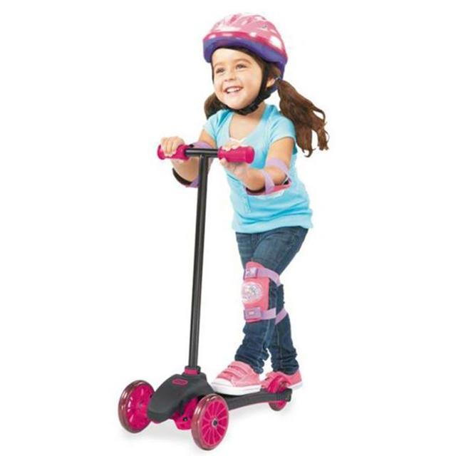 Как выбрать детский самокат: двух- и трехколесные игрушки-тренажеры для детей от 2-3 до 7 лет