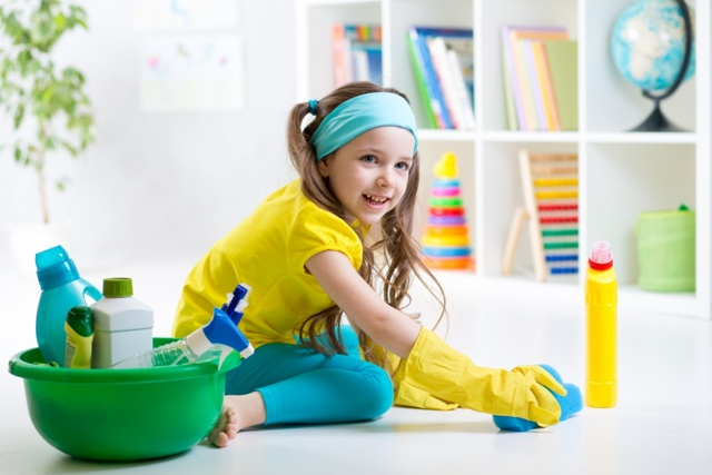 Как приучить ребенка наводить порядок в комнате и убирать за собой игрушки: простые советы психолога