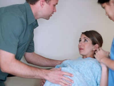 Ламинарии при беременности для стимуляции родов: что это такое и как применяют в гинекологии?
