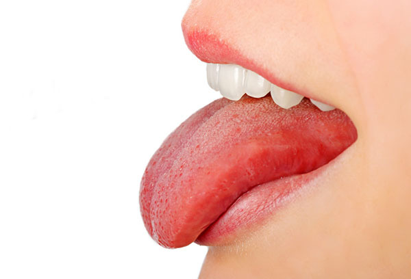 Причины появления прыщиков и сыпи на языке у ребенка белого и красного цвета