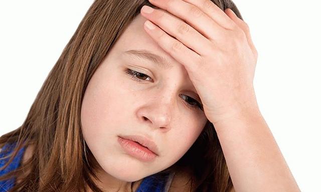 Что можно давать ребенку от головной боли: разрешены ли
