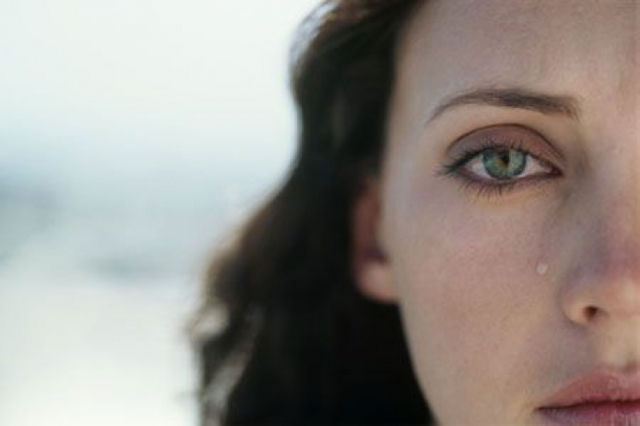 Как пережить депрессию после выкидыша на раннем или позднем сроке беременности: помощь и советы психолога