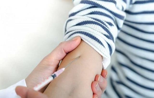 Через сколько дней после манту можно делать прививки - какое время должно пройти?