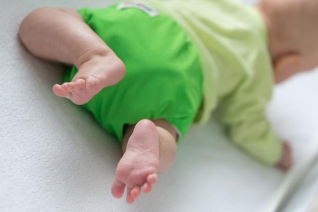 Как выбрать детские подгузники для плавания в бассейне: обзор многоразовых трусиков для новорожденных и грудничков