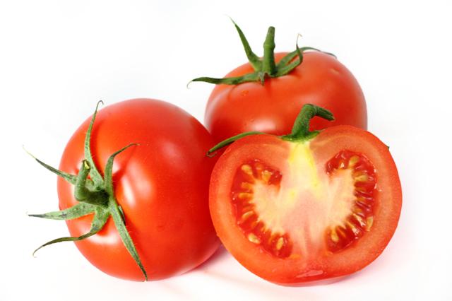 С какого возраста ребенку можно давать свежие помидоры и огурцы, и бывает ли аллергия на овощи?