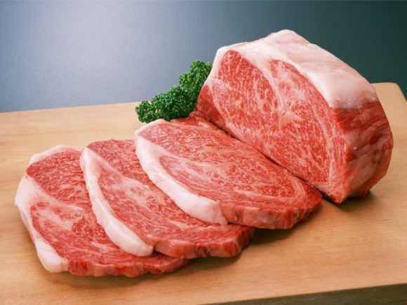 Когда и как следует вводить мясо в прикорм ребенку: рецепты мясного пюре в домашних условиях и выбор готового питания