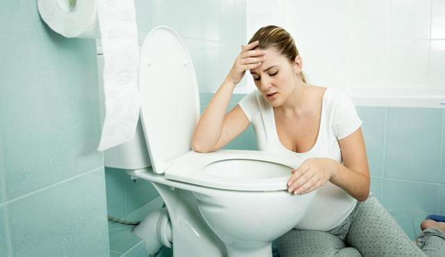 Тошнота в период беременности: почему тошнит на ранних сроках, что делать и как от нее избавиться?