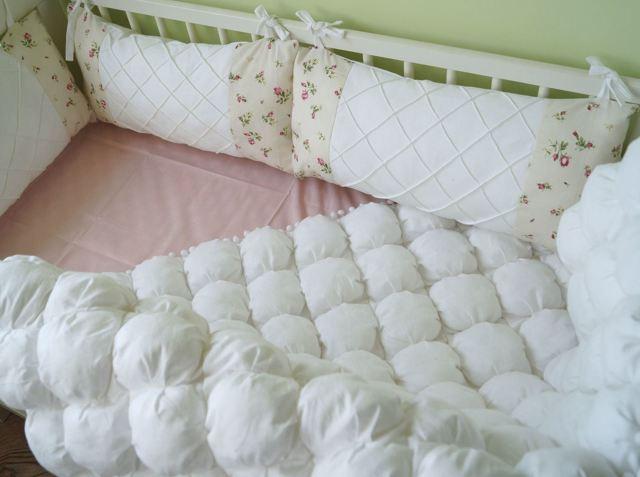 Как сшить мягкие бортики в кроватку новорожденного своими руками: выкройка детского бампера и пошаговый мастер-класс