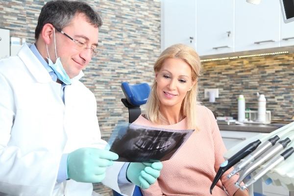 Все о зубной боли при грудном вскармливании: обезболивающие, лечение и удаление зубов кормящей маме